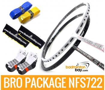 Bro Package NFS722: Apacs Nano Fusion 722 Black & Apacs Nano Fusion 722 White + 2 pieces Karakal grips + 2 Velvet covers + 2 pairs socks