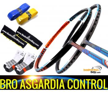 Bro Package Asgardia Control : 2 pieces Apacs Asgardia Control Badminton Racket + 2 pcs Karakal Grips + 2 Single Bags + 2 pairs socks