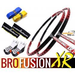 Bro Package FUSION XR: 2x Apacs Nano Fusion Speed XR Badminton Racket + 2 pcs Karakal Grips + 2 Velvet Bags + 2 pairs socks