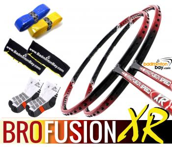 Bro Package FUSION XR: 2x Apacs Nano Fusion Speed XR Badminton Racket + 2 pcs Karakal Grips + 2 Single Bags + 2 pairs socks